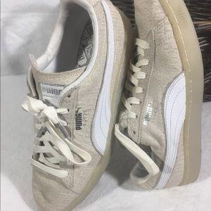 Puma Sneakers Gently Worn